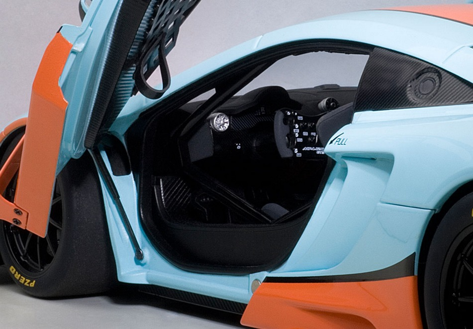 Autoart: 1/18 McLaren 12C GT3 (Blue/Orange) image