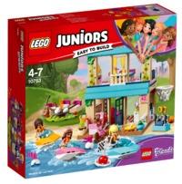LEGO Junior: Stephanie's Lakeside House (10763)