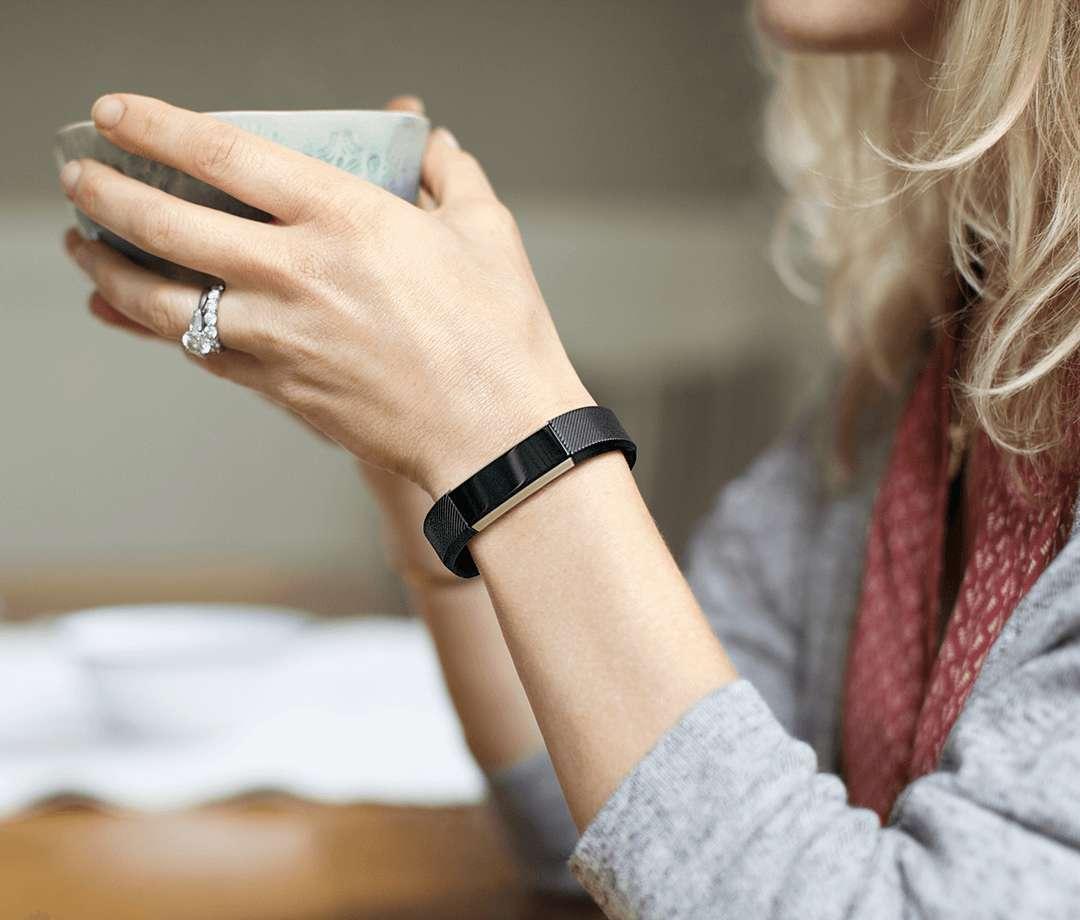 Fitbit Alta Fitness Tracker Wristband - Black (Large) image