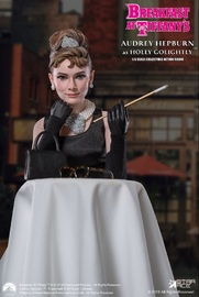 Breakfast at Tiffany's - Holly Golightly (Deluxe Edition) 1/6 Action Figure