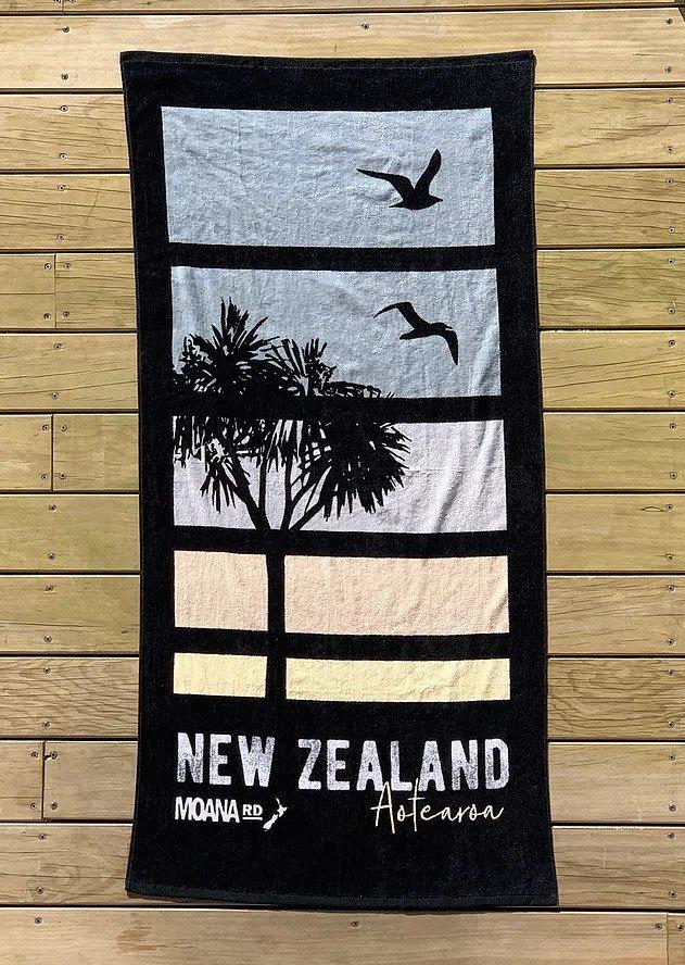 Moana Road: Beach Towel - Sunset image