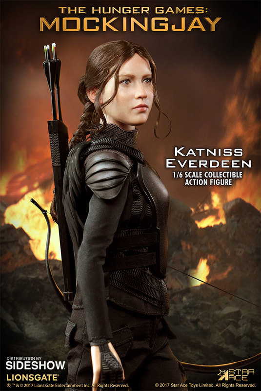 "The Hunger Games: Mocking Jay - Katniss Everdeen 12"" Action Figure"