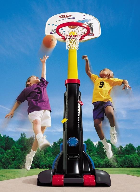 Little Tikes: Easy Store - Basketball Set