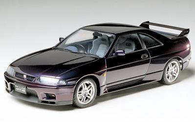 Tamiya Nissan Skyline GT-R V. Spec 1/24 Kitset Model image