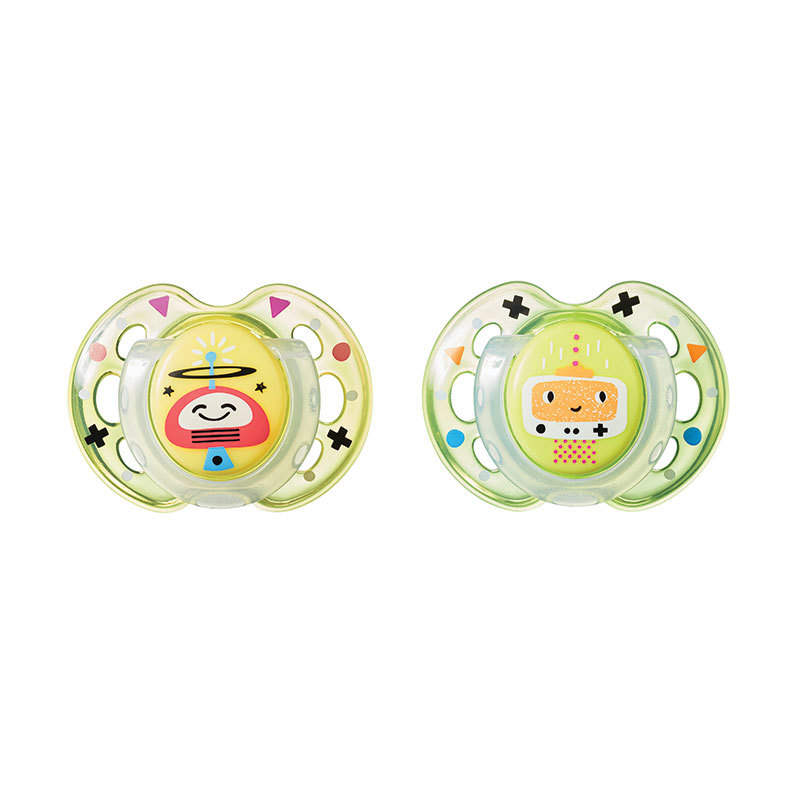 Closer to Nature Fun Style Soother: 0-6 Months (Yellow Robots) image