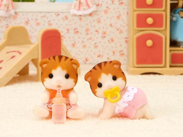 Sylvanian Families: Maple Cat Twins