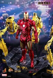 Avengers: Mark IV with Suit-Up Gantry - 1:6 Scale Diecast Figure