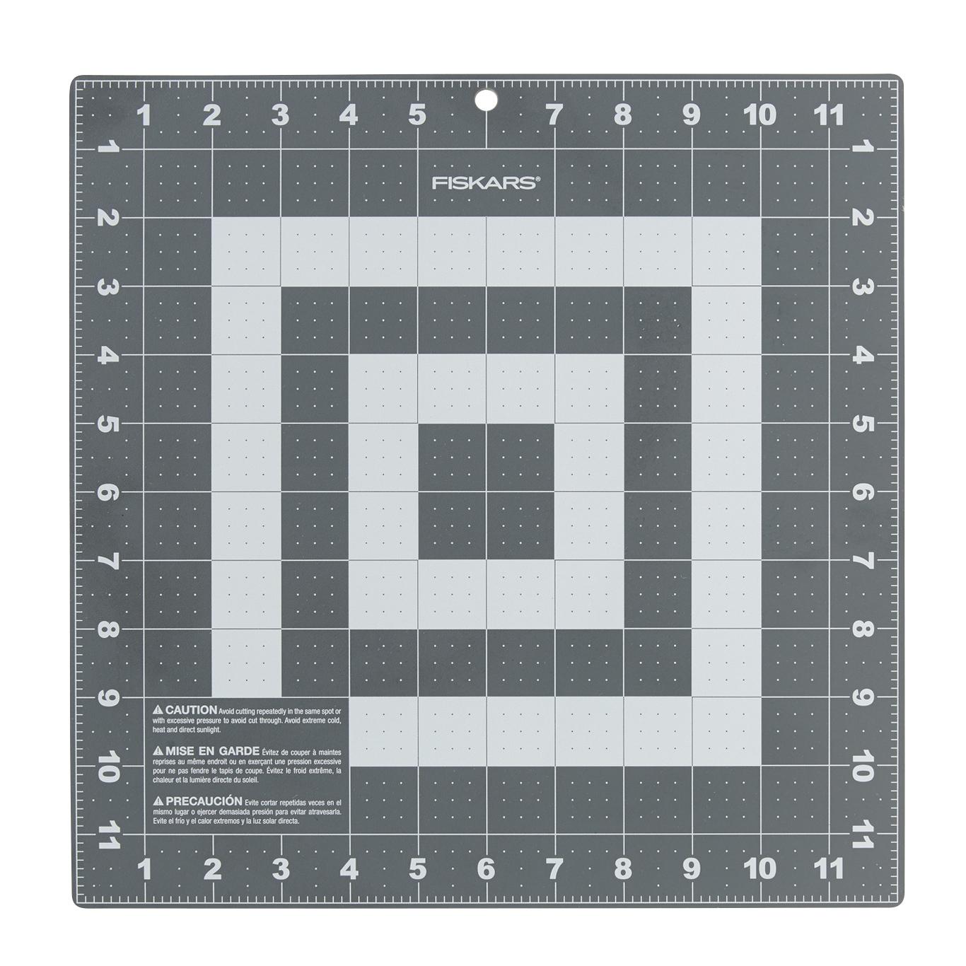 """Fiskars Cutting Mat (12"""" x 12"""") image"""