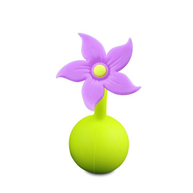 Haakaa: Silicone Breast Pump Flower Stopper Lily - Purple