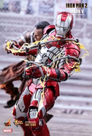 Avengers: Iron Man Mark V - 1:6 Scale Diecast Figure image