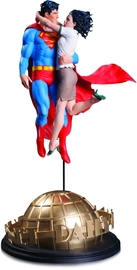 "DC Designer Series: Superman & Lois Lane - 16.5"" Statue"