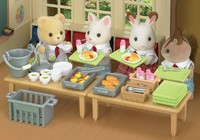 Sylvanian Families: School Lunch Set