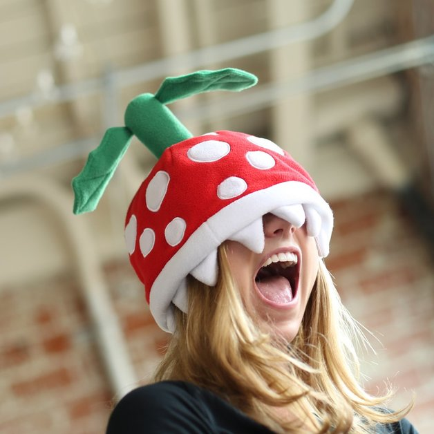 Super Mario Bros: Piranha Plant - Plush Beanie