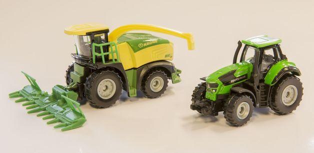 Majorette: Farm Playset - (Harvester & Tractor)