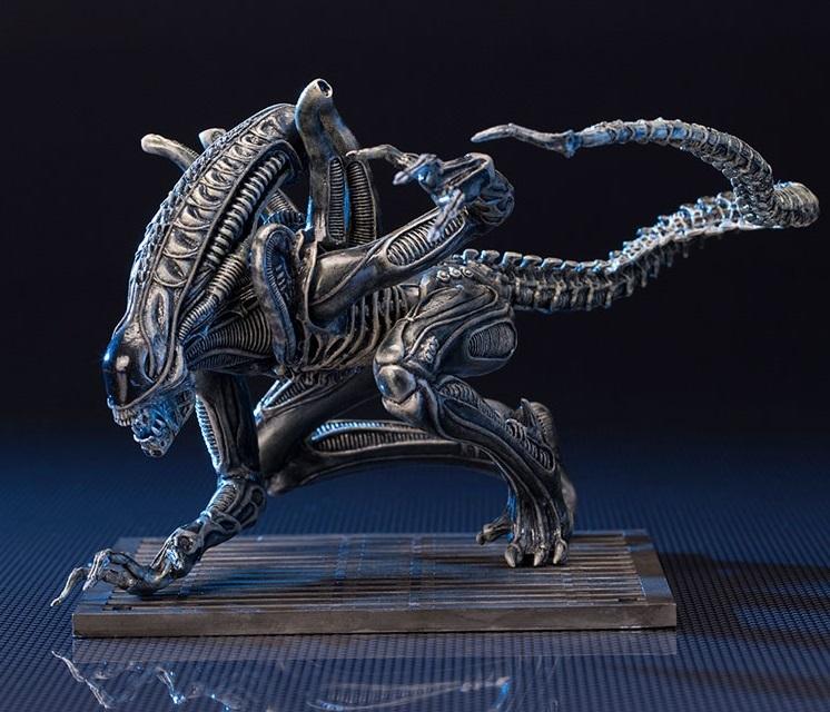 Alien: 1/10 Artfx+ Alien Warrior Figure image