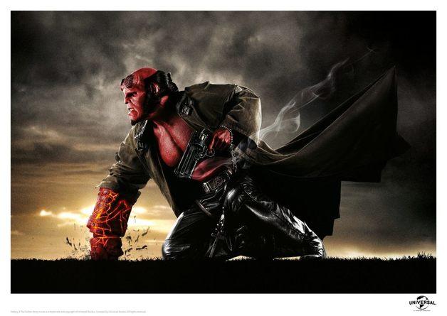 Hellboy: Premium Art Print - Fist of Doom (Limited Edition)