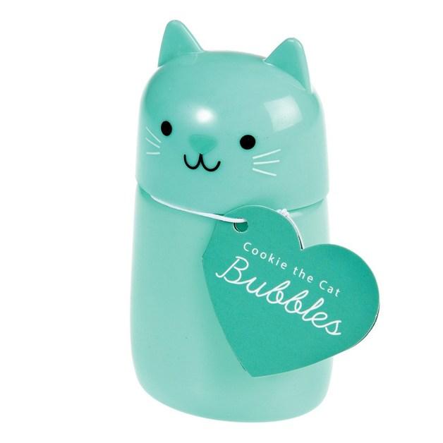 Cookie The Cat Bubbles