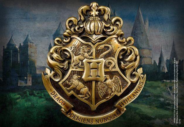 Harry Potter - Hogwarts Crest Wall Art