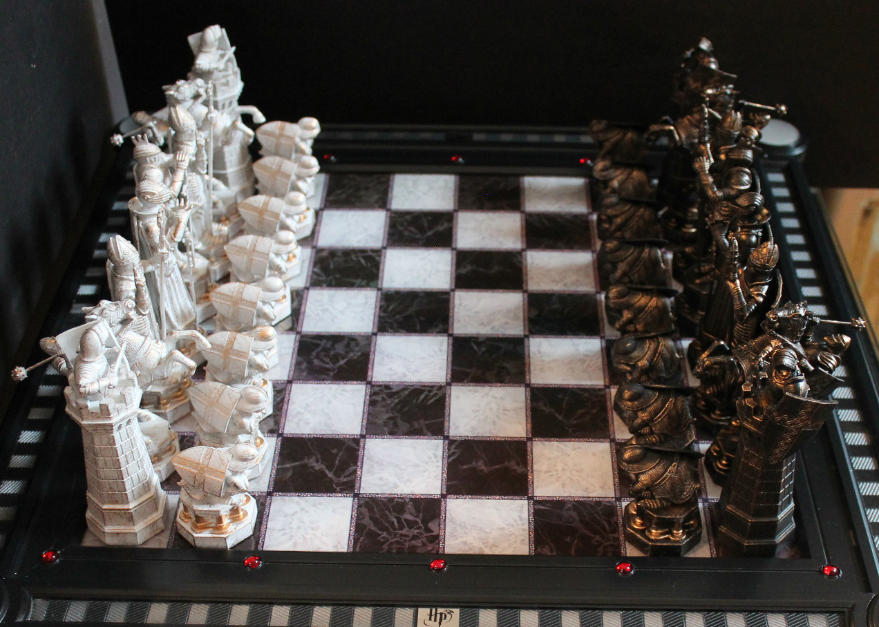 harry potter final challenge chess set image