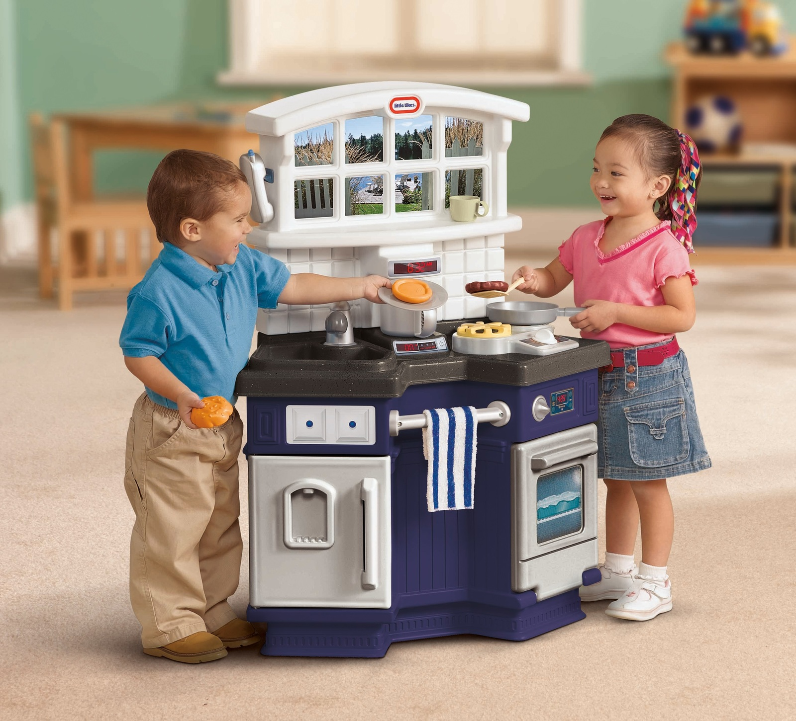 Little Tikes: Side By Side - Play Kitchen