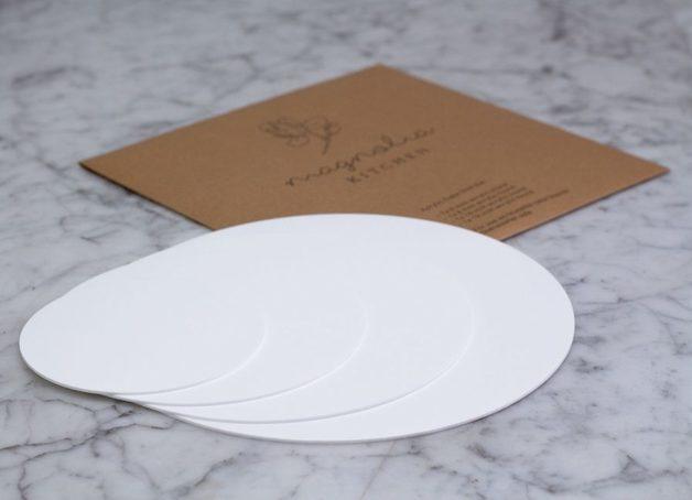Magnolia Kitchen: Acrylic Cake Disk Set