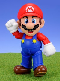 Super Mario S.H. Figuarts Mario Action Figure