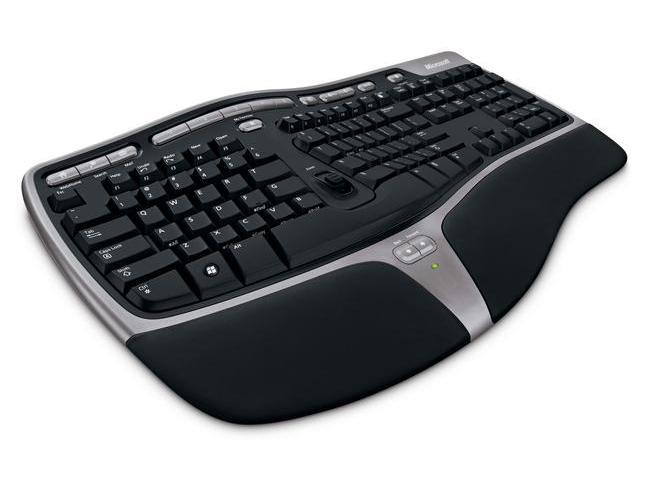 Microsoft Natural Ergonomic Desktop 7000 image