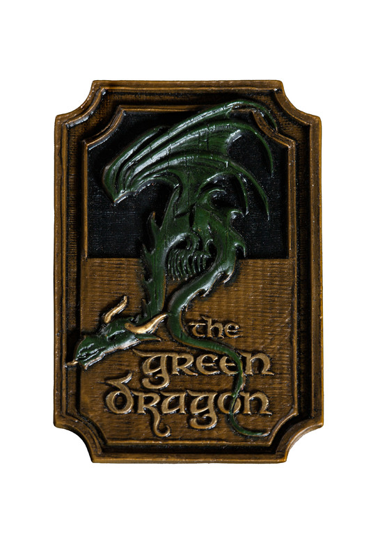 Lord of the Rings: The Green Dragon Magnet