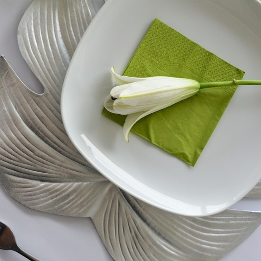 Annabel Trends Placemat - Palm Leaf (Silver) image