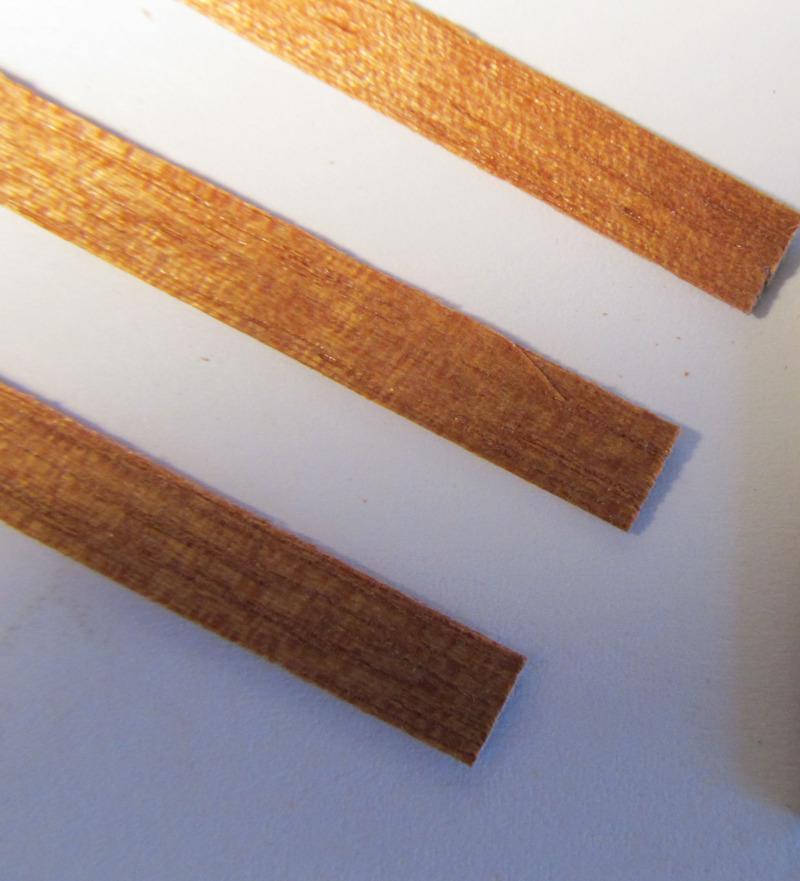 Billing Boats Mahogany Wood Strips 0.7x5x550mm (50x) image