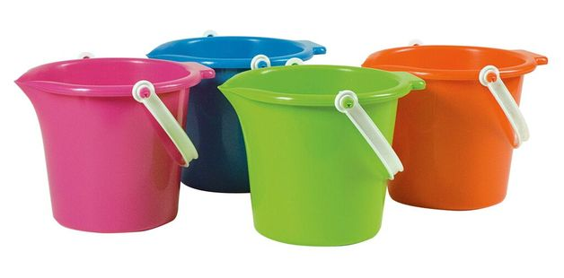 Summertime - Bucket with Spout 18cm