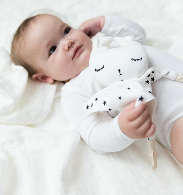 Wee Gallery: Organic Cuddle Bunny - Stars