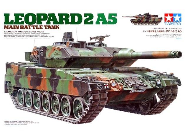 Tamiya 1/35 Leopard 2 A5 Main Battle Tank - Model Kit