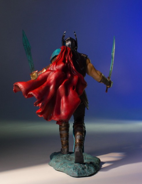 Thor 3: Ragnarok - 1/8 Thor Collector's Gallery Statue image