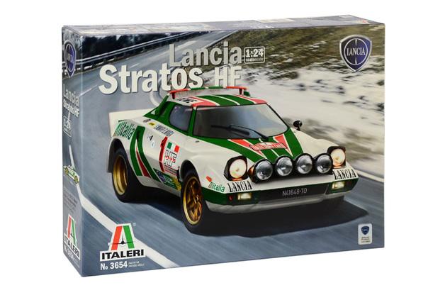 Italeri: 1/24 Lancia Stratos HF - Model Kit