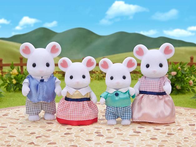 Sylvanian Families: Marshmallow Mouse Family