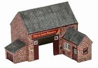 Hornby: Skaledale - The Village Garage