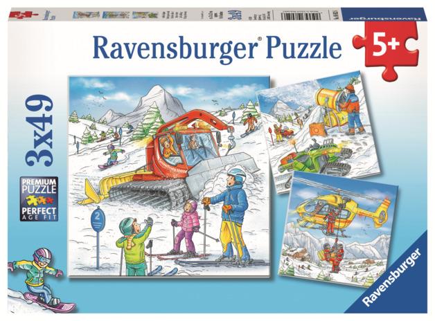 Ravensburger: 3x49 Piece Puzzle Set - Let's Go Skiing!