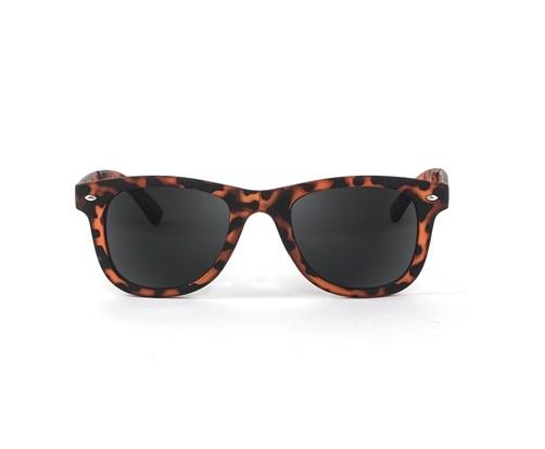 Jetsetter: Foldable Sunglasses - Tortoise
