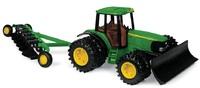 John Deere: 20cm JD 7420 tractor W/Blade & 6 bottom plow