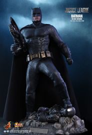 "Justice League - Batman (Deluxe Edition) - 12"" Articulated Figure image"