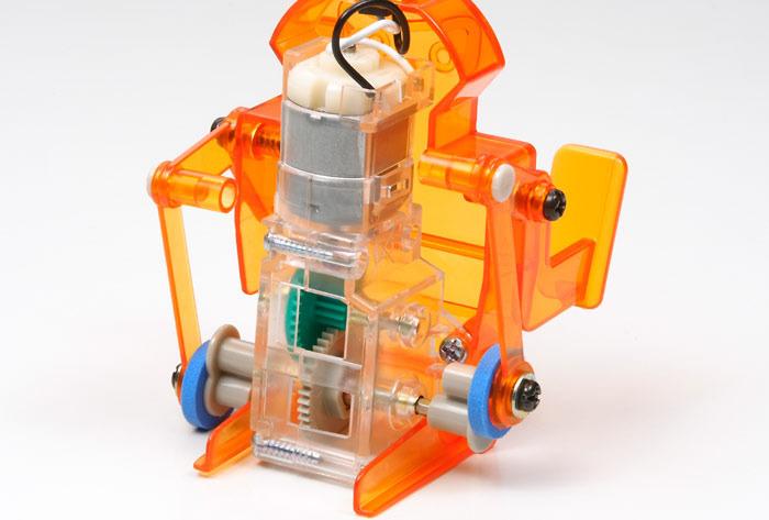Tamiya Sumo Wrestler Robot with Wind-up Generator Kit Images