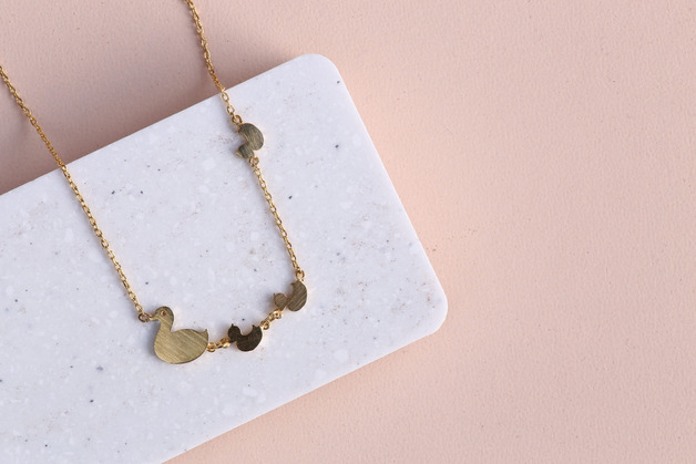 Short Story: Ducklings Necklace - Gold
