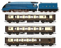 Hornby: LNER Queen of Scots - Train Pack