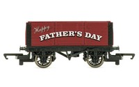 Hornby: Father's Day Plank Wagon