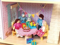 Le Toy Van: Party Time Dolls House Pack image