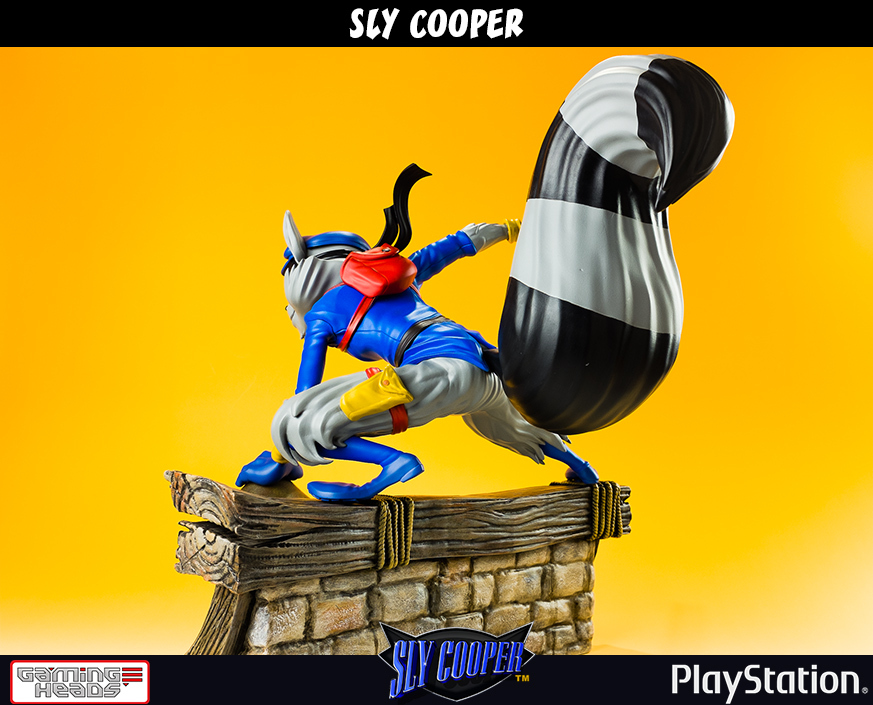"""Sly Cooper 12"""" Statue image"""