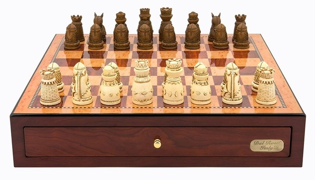 "Dal Rossi: Medieval - 18"" Resin Chess Set (Red Mahogany)"