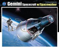 Dragon Gemini Spacecraft w/Spacewalker 1/72 Model Kit