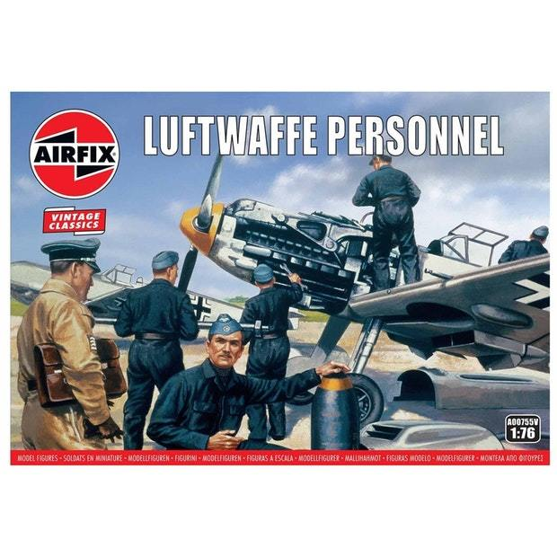 Airfix 1:76 WWII Luftwaffe Personnel Scale Model Kit